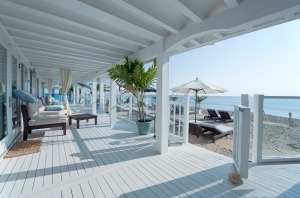 Blue Inn resort at  Plum Island