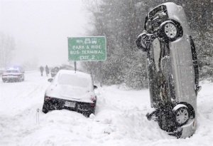 winter-storm-blizzard-verticle-car